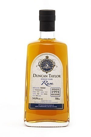 Fles -Rum - Duncan Taylor - Belize - Travellers single cask 2005 - 0,7l - 54,6%