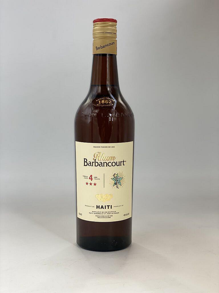 Fles & Case - Rum - Haiti - Barbancourt - 4 years - 40% - 0,7l